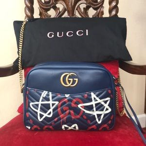 Beautiful brand new Gucci shoulder bag